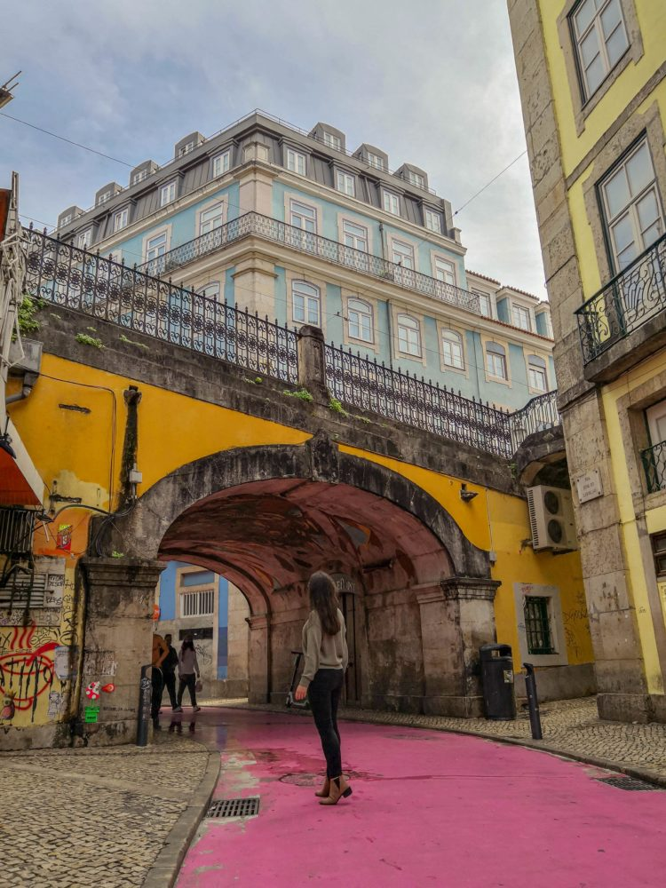 lisbonne-pink-street