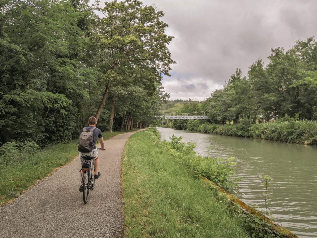 vélo-canal-des-deux-mers